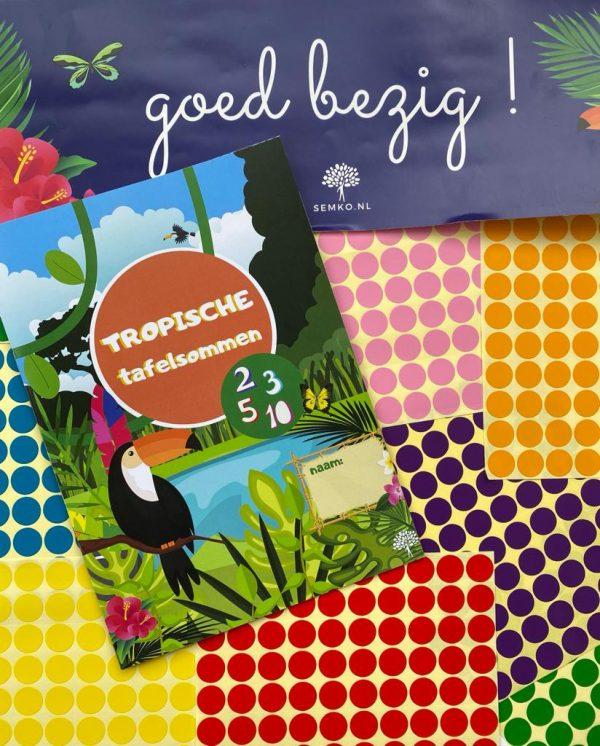 Tafelwerkboek met stickerposter